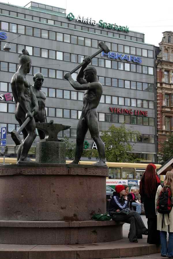 Helsinki. Городские памятники.